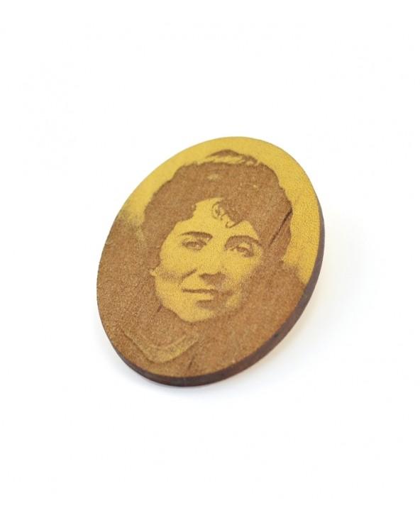 Broche Rosalia de Castro Madera
