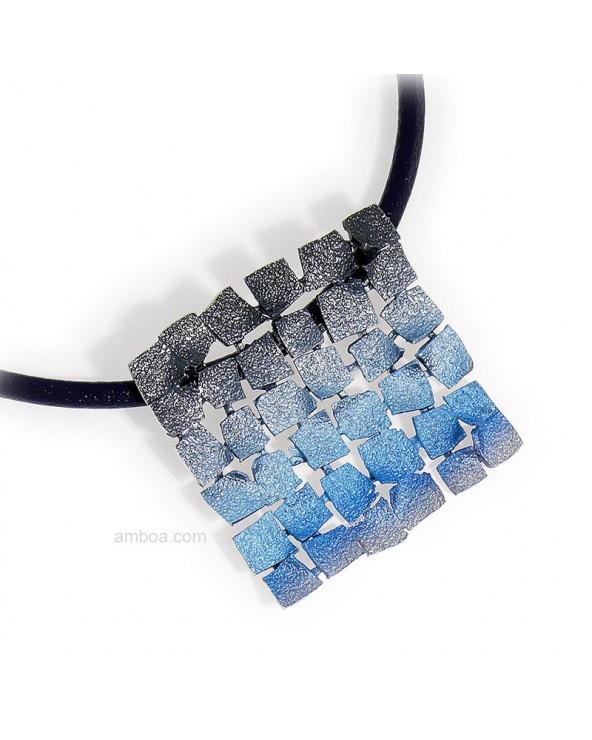 Colgante Mosaico grande orfega plata cuero azul